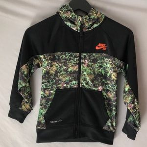 Boys Nike SB zip up hoodie